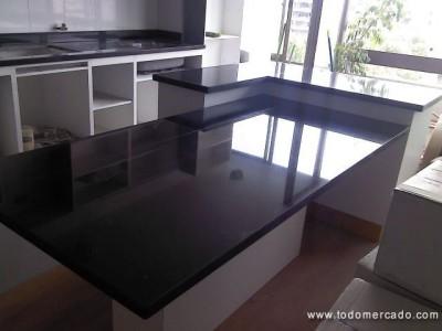 Cubiertas de cocina y ba o en marmol granito y cuarzo for Empresas de marmol en chile