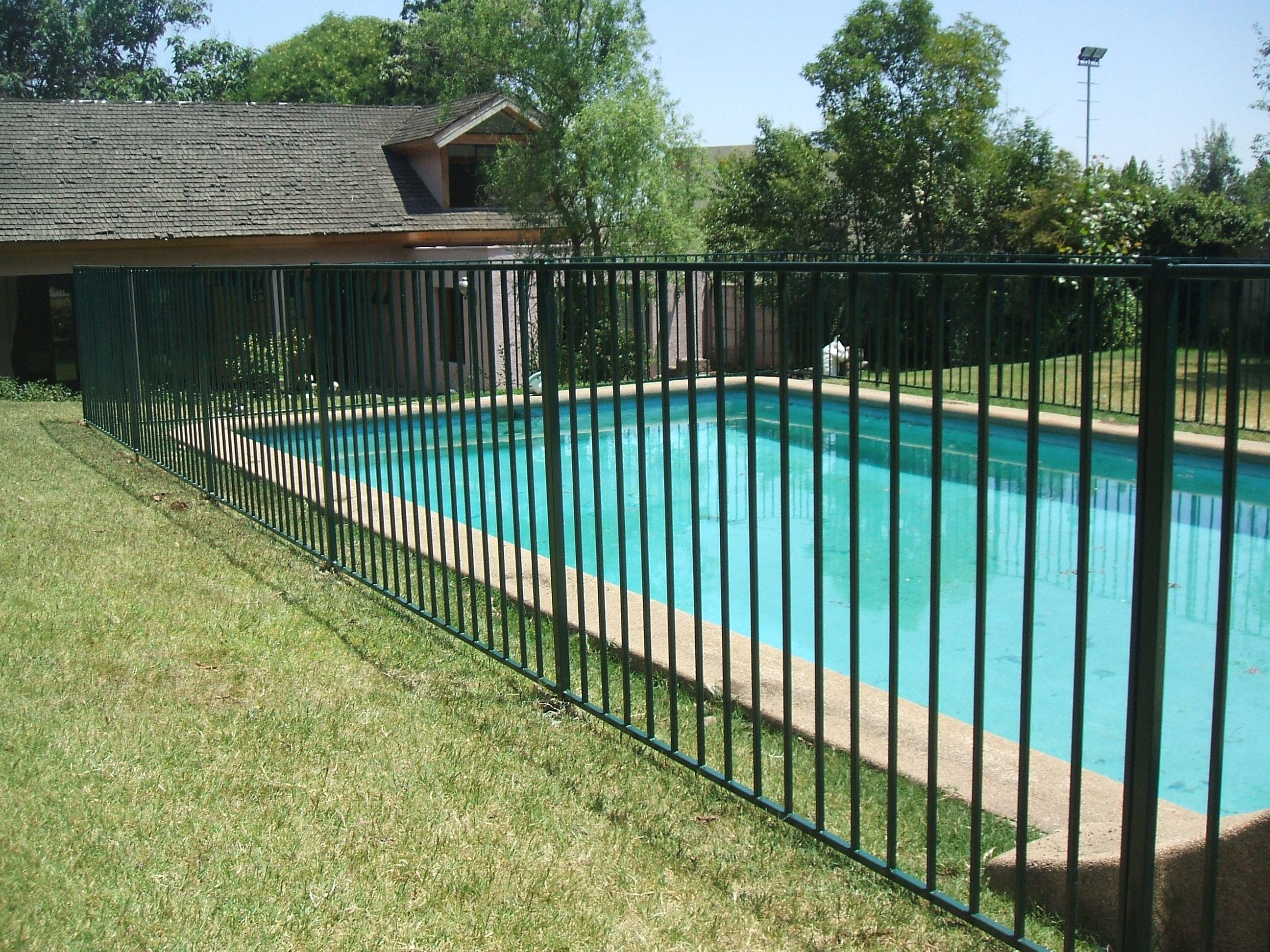 Rejas y protecciones para piscinas todomercado chile for Rejas de jardin