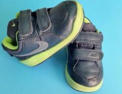 Zapatilla Nike 21 Eur segunda mano  Chile
