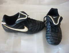 Zapatillas De Futbol Nike N° 35 segunda mano  Chile