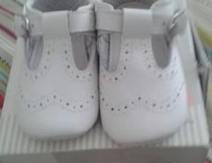 97770fa5169 Zapatos Blancos Collokyn 18 Niña