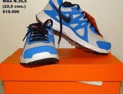 Zapatillas Nike originales N°35,5 nuevas segunda mano  Chile