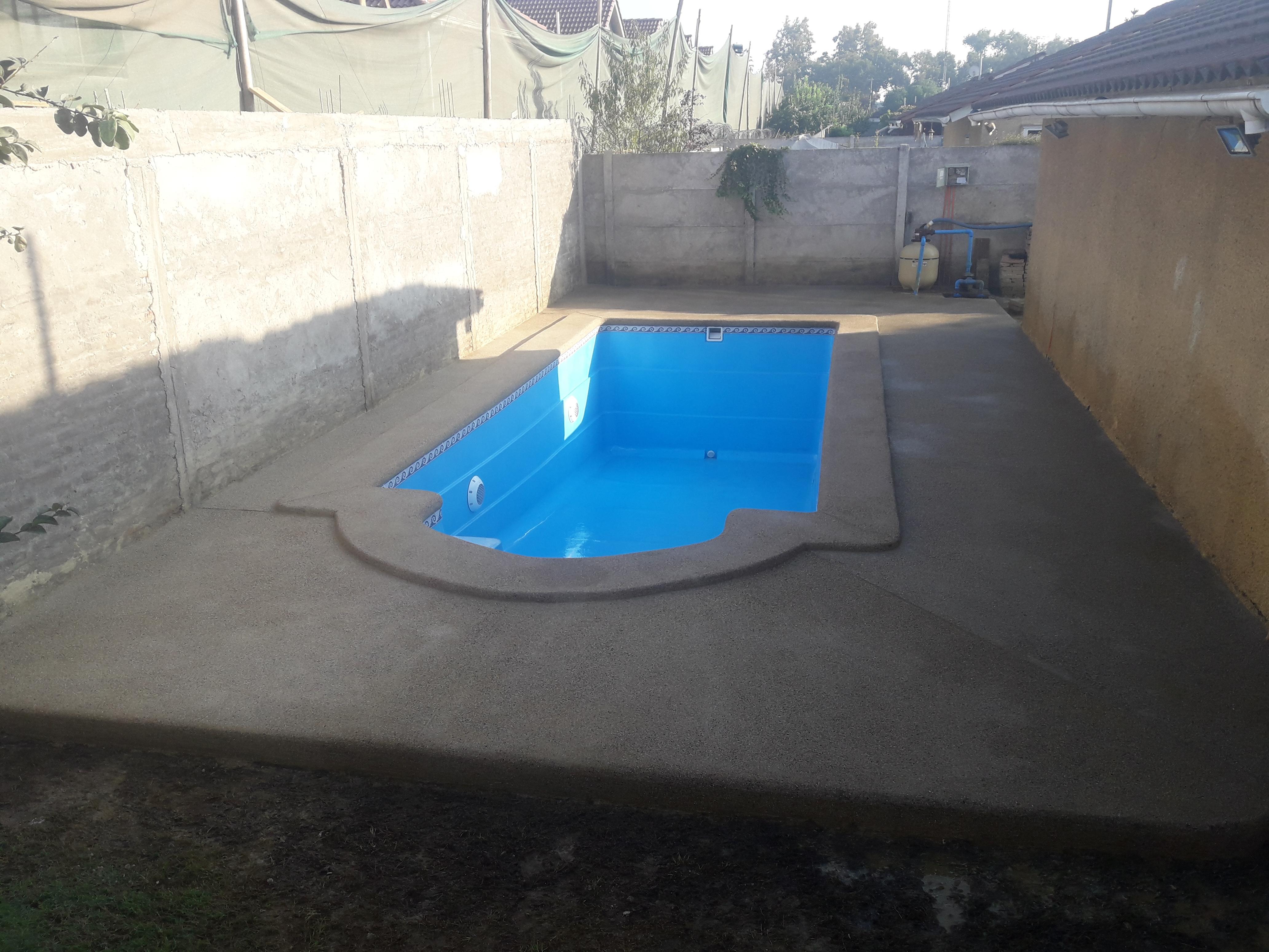 Venta y servicio completo en piscinas de fibra y hormigon for Piscinas ecologicas chile