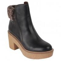 16c31976bc9 Eshops Chile - Botín Mujer Casual Cuero 16 Hrs - Planeta Zapato